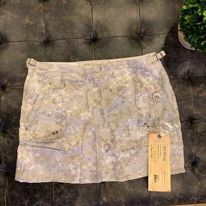 **NWT**Da-Nang Praire Cloud Skirt-Large